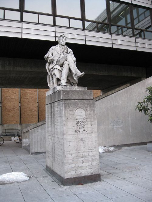 Statue of Georg Simon Ohm at the Technical University in Munich Source: Wikimedia Commons