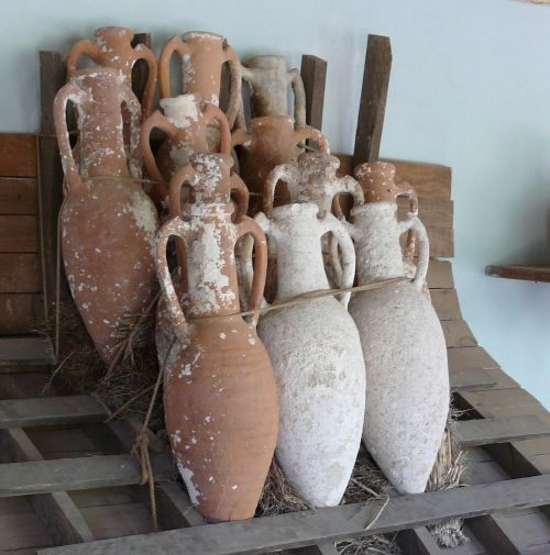 Roman Amphorae Source: Wikimedia Commons