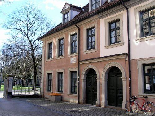 Schlossplatz 3. Site of Reindeer's original workshop Source: Wikimedia Commons