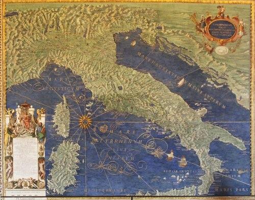 1280px-Italia_antiqua_-_Galleria_delle_carte_geografiche_-_Musei_vaticani_-_Roma_(ph_Luca_Giarelli)