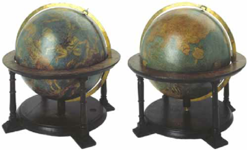 Pair-of-globes-by-Gerard-Mercator-Globe-Museum-Austrian-National-Library